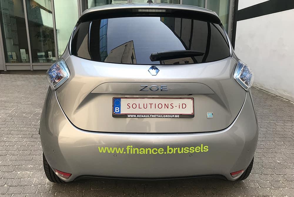 Finance Brussels - Lettrage voiture arrière